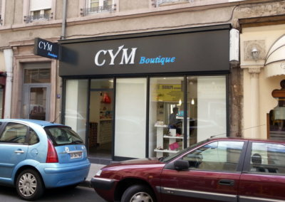 Habillage de façade à Lyon pour Cym Boutique ( Lyon)