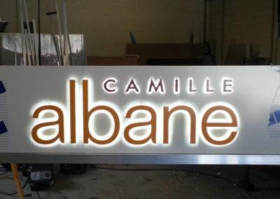 Votre enseigne Lumineuse à Lyon: Enseigne lumineuse avec lettres rétro-éclairées Camille Albane par SES (Grigny -Lyon)