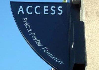 Votre enseigne à Lyon: Enseigne lumineuse Drapeau - caisson double-face à proximité de Lyon pour Access (Charbonnières 69260) par SES (Grigny -Lyon)