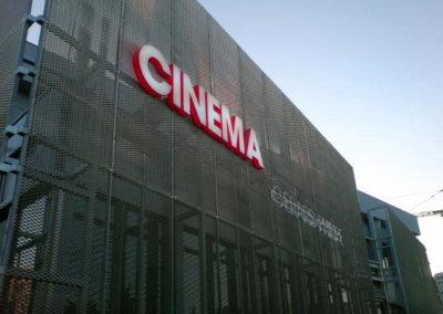 Vos enseignes lettres relief à Lyon: Enseigne lumineuse avec lettres en relief pour le Cinéma G. Philippe (Vénissieux 69200 ) par SES Grigny-Lyon