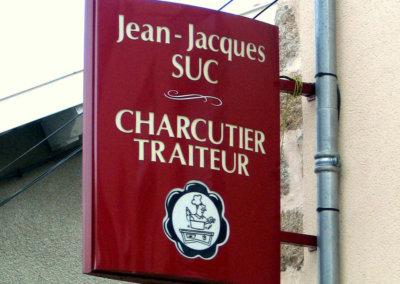 Votre enseigniste à Lyon: Enseigne lumineuse Drapeau - caisson double-face pour JJ Suc  Charcutier Traiteur  (Haute Loire 43)