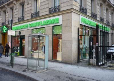 Vos enseignes à Lyon: Enseigne lumineuse avec lettres en relief pour la pharmacie Saint Lazare (Paris 75009)par SES Grigny-Lyon