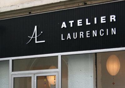 Enseigne lettres découpées à Lyon Atelier Laurencin ( 69002 LYON) fabriqué par SES ( Grigny -Rhône)