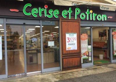 Enseigne à Lyon Habillage de façade et Enseigne Lumineuse PMMA 30 mm , éclairage led pour Cerise et potiron - Caluire 69300