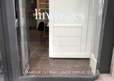 Marquage adhésif vitrine pour Linvosges Saint Etienne (42000)