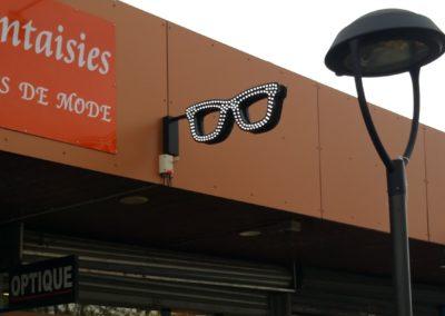 Lunettes opticien led à proximité de Lyon , fabriqué par SES pour Optique du Jayon (Grigny 69 )