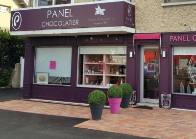 Enseigne lumineuse Lyon- Grigny-Chocolaterie Panel par SES Grigny- Rhône