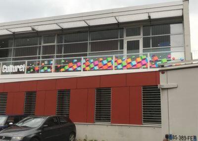 Vitrophanie à Lyon - Impression numérique adhésif vitrine extérieur
