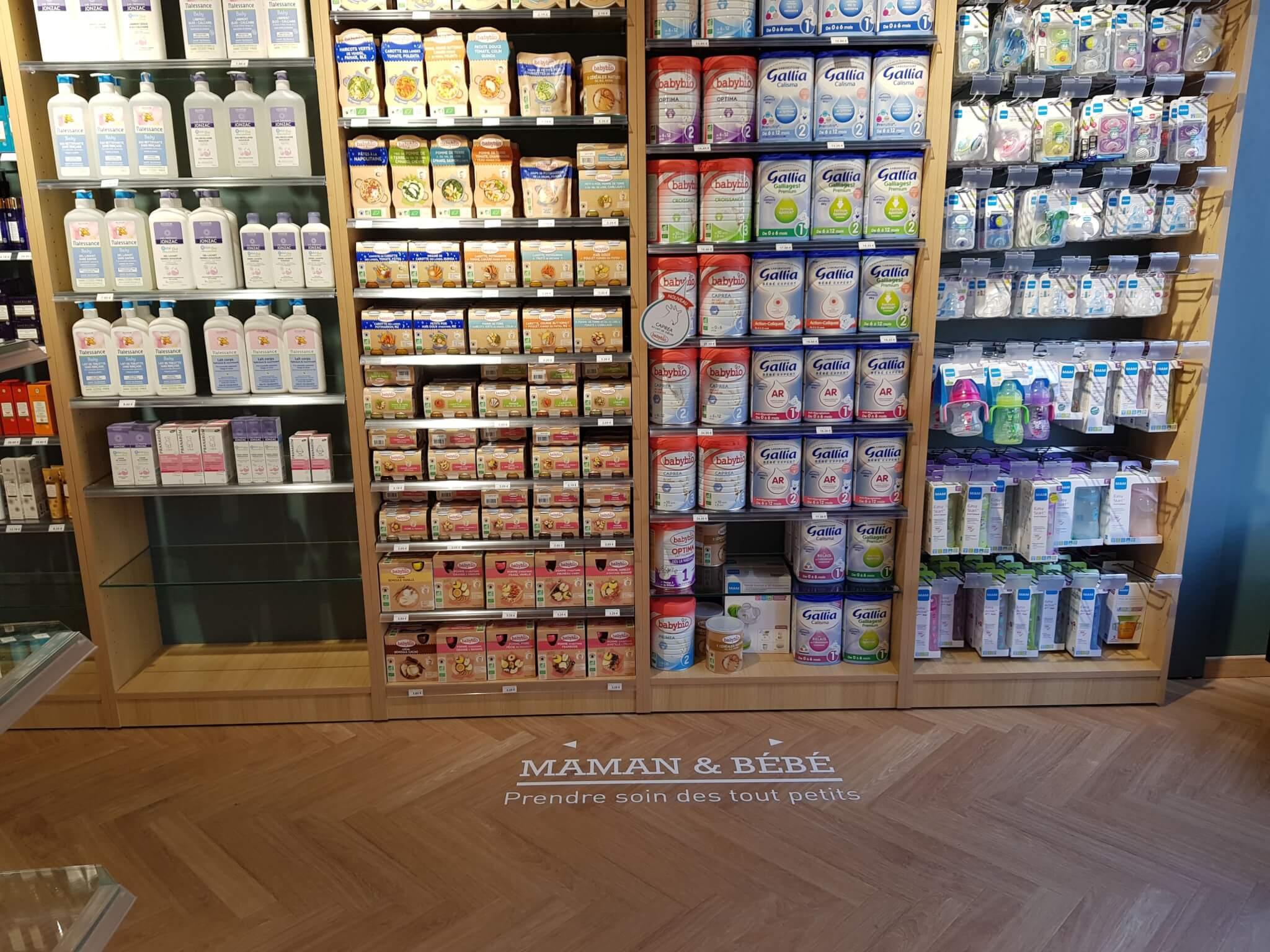 Vos enseignes à Lyon -Adhésif - Stickers à Lyon - Pharmacie Lyon Sainte Blandine