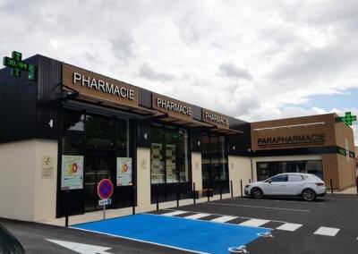 Enseignes Lumineuses - Croix de Pharmacie Croix de Pharmacie Les Platanes Drôme -SES Grigny-Lyon