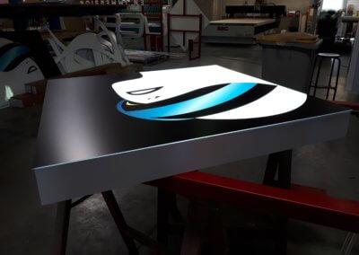 Fabrication Enseigne lumineuse Lyon- E Reel Brignais -Rhone -SES Grigny
