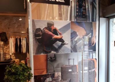 Pannneau adhésif Lyon - entrée Boutique Addicted