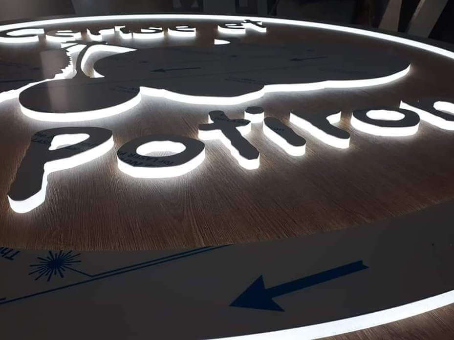 Enseigne Lumineuse led à Lyon - SES Grigny Rhône - Fabrication enseignes