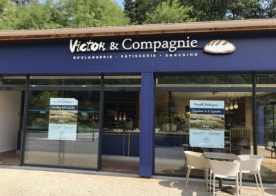 Enseigne bloc led Lyon - Enseigne lumineuse Boulangerie Victor & Compagnie Ecully - SES Grigny
