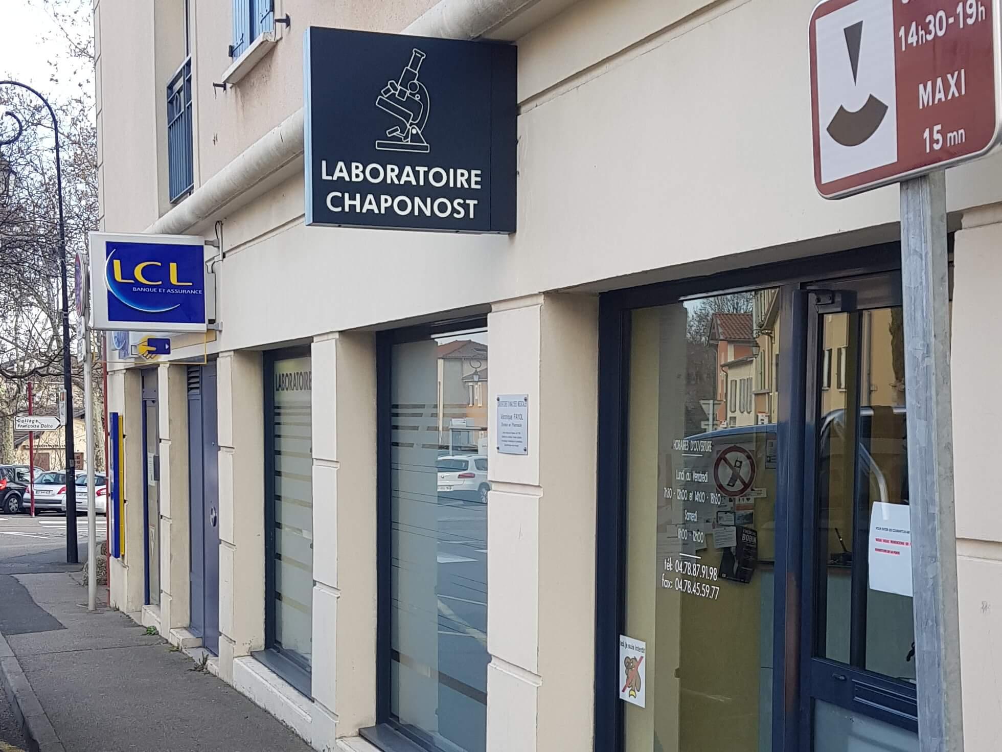Installation Enseigne lumineuse Drapeau - SES Grigny -Lyon