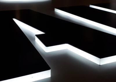 Votre enseigne à Lyon - Enseigne lumineuse bloc led -Pose enseigne- SES Grigny - Rhône - Fabricant d'enseigne