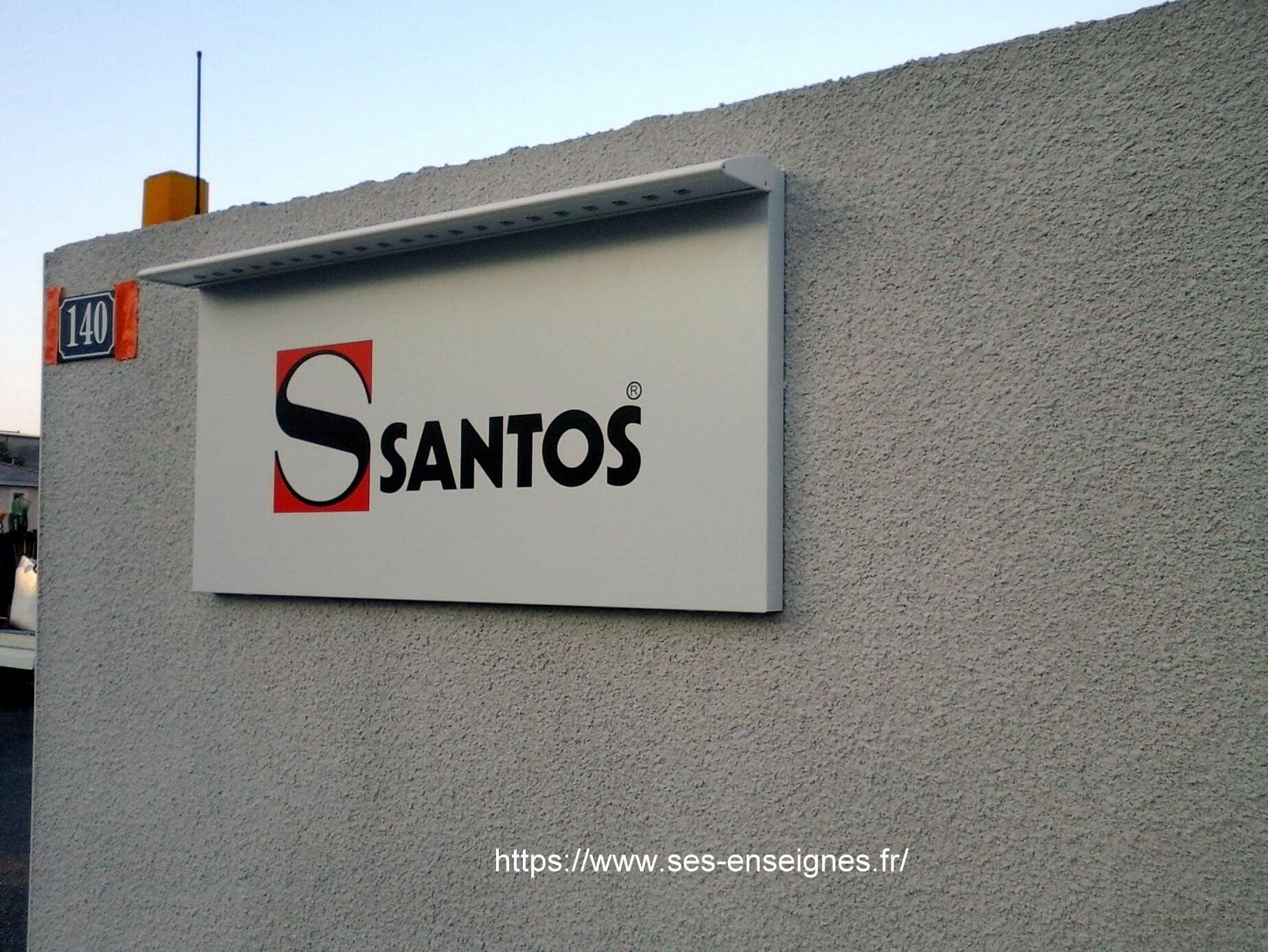 Plaque signalétique lumineuse led- Entrée Santos - SES- Fabrication et installation Enseignes et signalétique Lyon- Grigny -Rhône