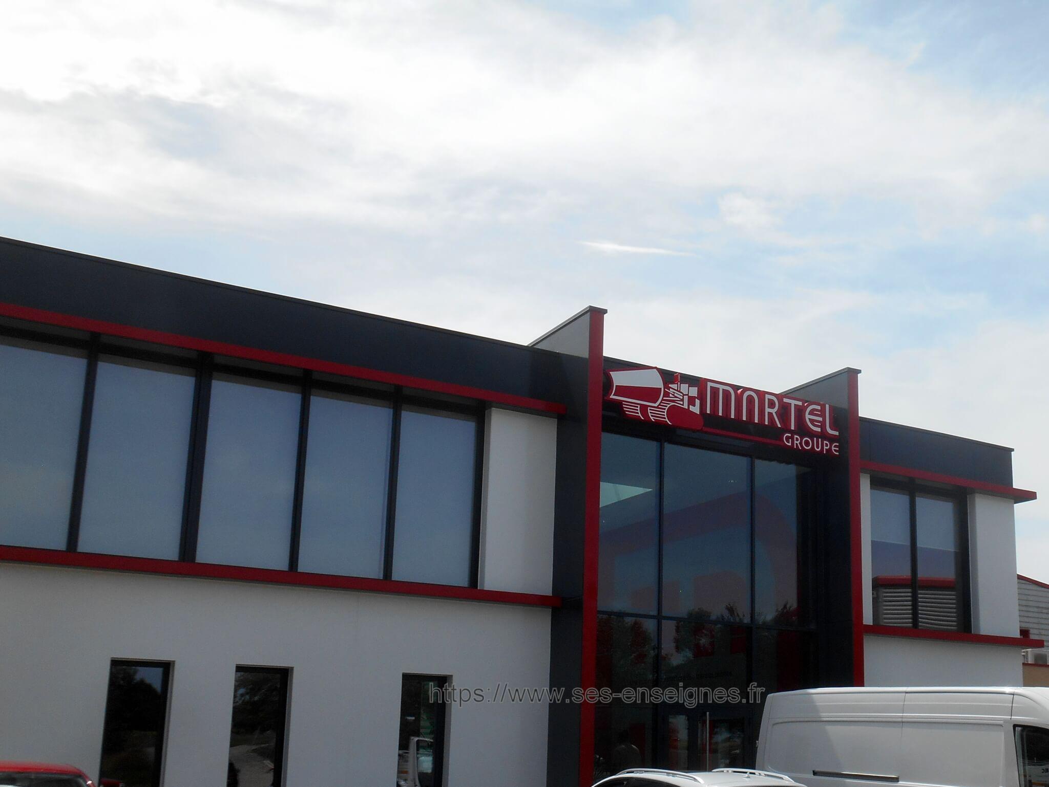 Enseigne Grand Format Lumineuse Lyon SES Grigny Fabrication et installation enseignes Lyon pour Groupe Martel