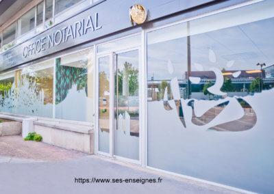 Fabrication et installation d'enseign pour Notaire Lyon Vaise par SEs Grigny- Lyon- Enseigniste