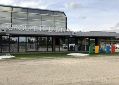 Enseigne Lumineuse et Totems SES Grigny- Lyon pour Groupe Haladjian