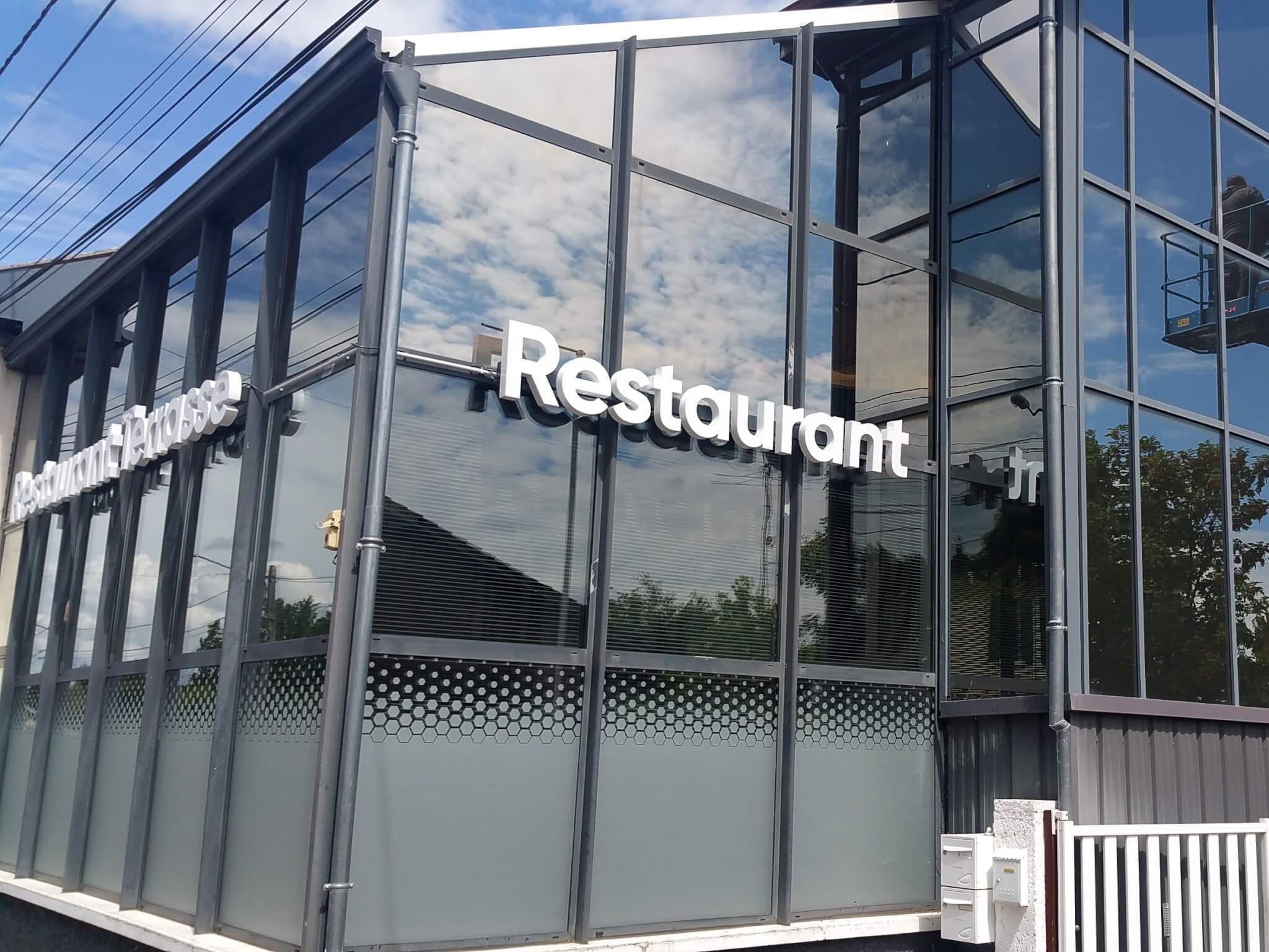 Enseigne led Lyon- Lettre boîtier Restaurant Le 37- Rhône - Saint Laurent de Mure