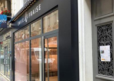 Enseigne-boutique-Envie-de-Fraise-Paris-17-SES enseignes et signalétique Lyon