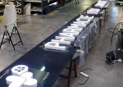 Enseigne Pharmacie du Jayon -Fabrication enseignes lumineuses Lyon Grigny -SES Enseigniste