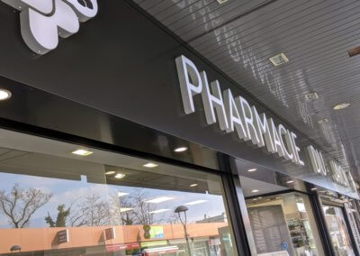 Enseigne Pharmacie Rhone Pharmacie du Jayon Grigny Lyon - SES Enseignes et signalétiques