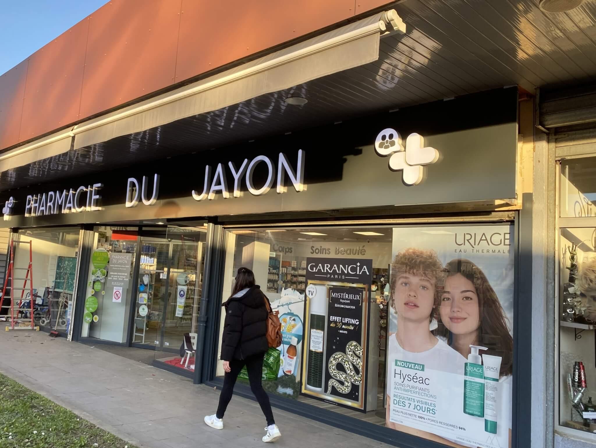 Enseigne Pharmacie du Jayon - Installation Enseignes Lyon- Grigny - SES Enseignes