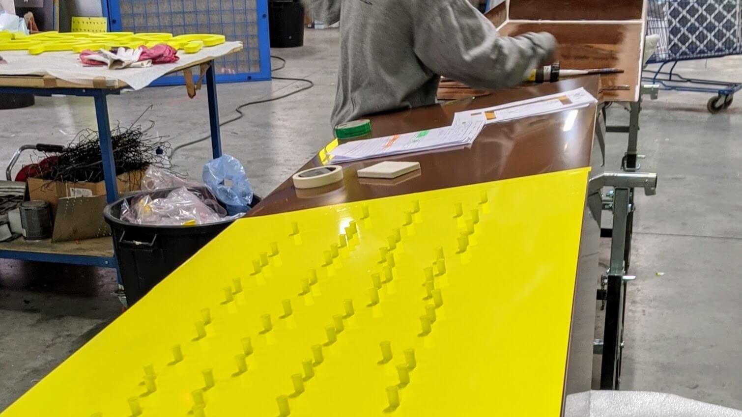 Fabrication enseigne lettre découpée SES Enseigne Lyon Grigny